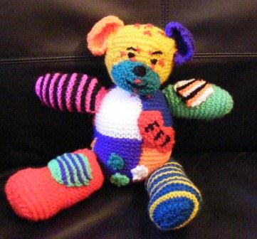 Knitted_teddy2_compressed